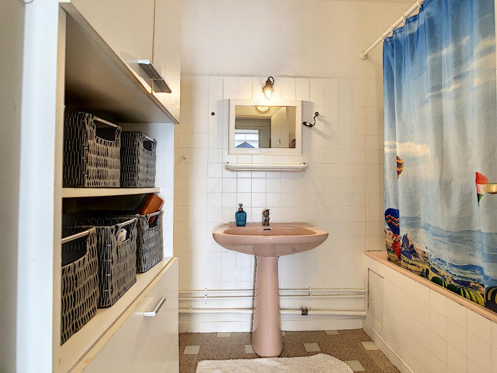 Appartement à vendre 4 76m2 à La Seyne-sur-Mer vignette-7