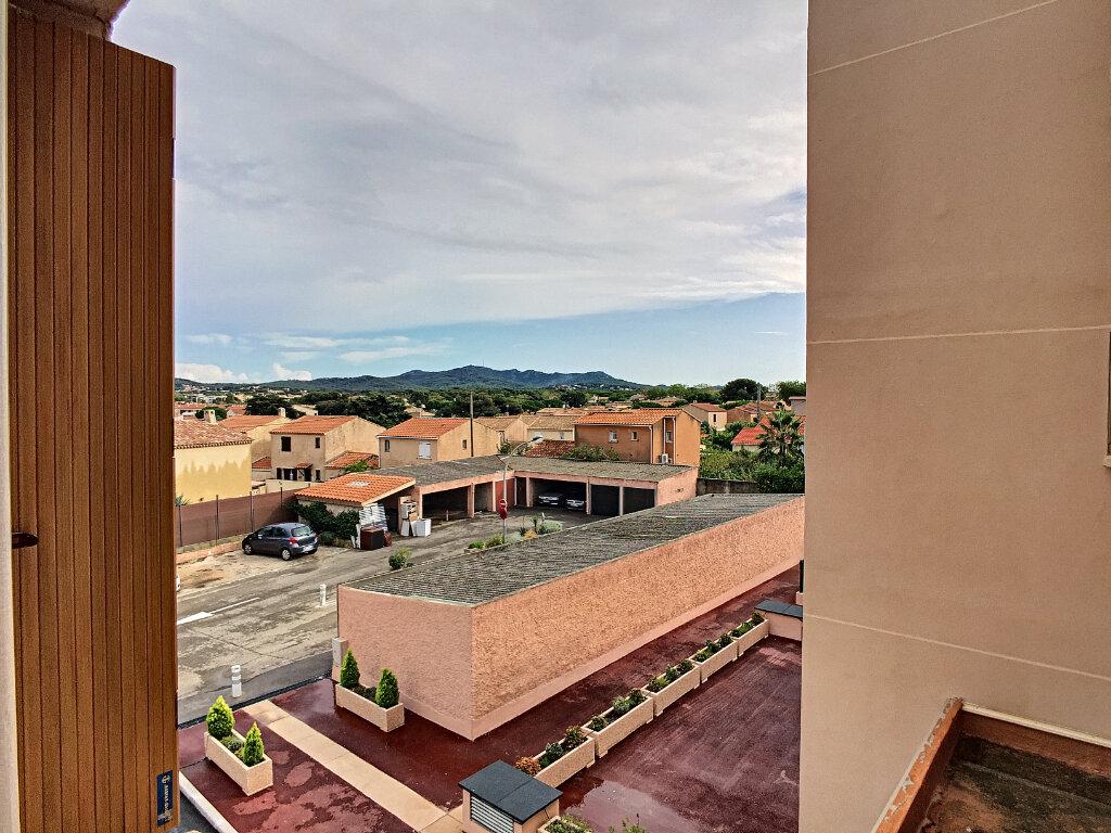 Appartement à vendre 2 45m2 à Six-Fours-les-Plages vignette-7