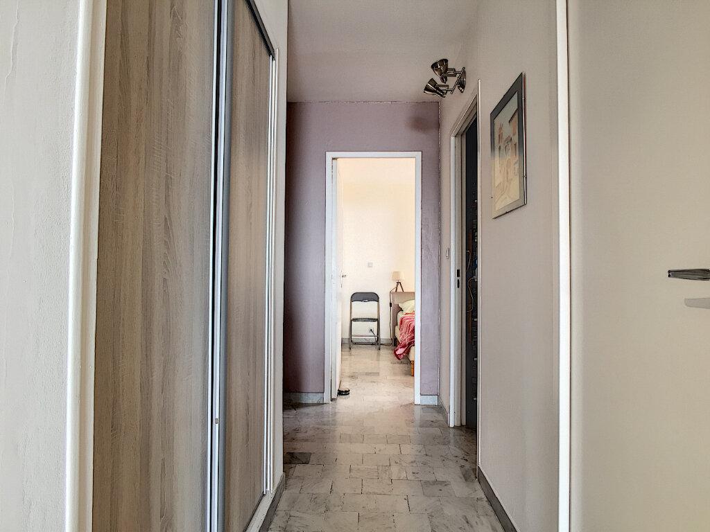 Appartement à vendre 2 45m2 à Six-Fours-les-Plages vignette-9