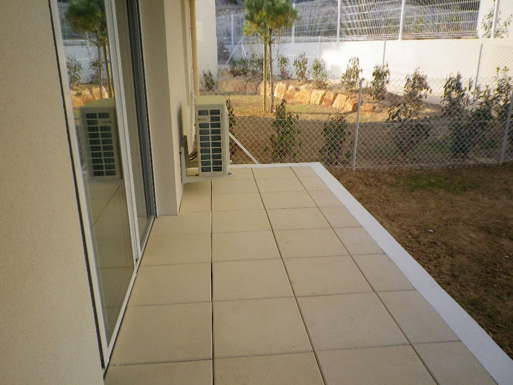 Appartement à louer 2 43.62m2 à Bandol vignette-6