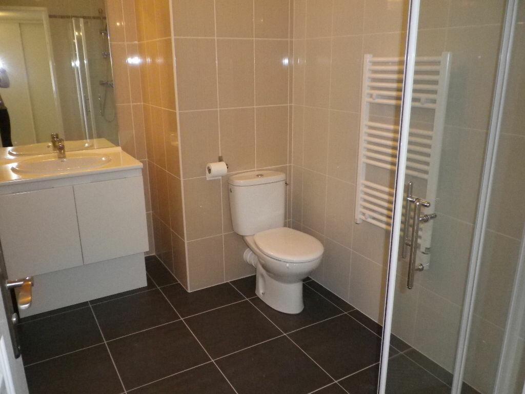 Appartement à louer 2 43.62m2 à Bandol vignette-7