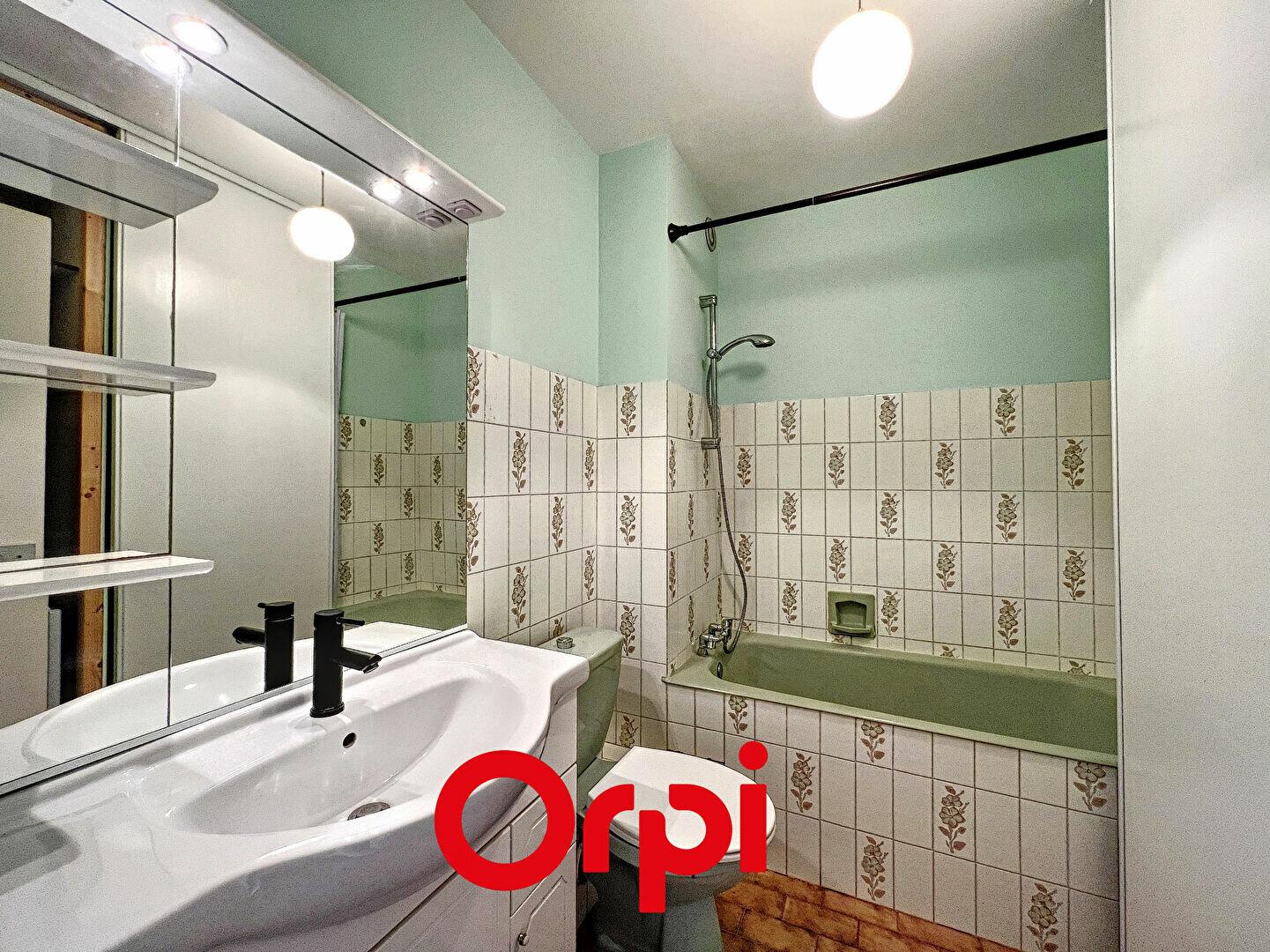 Appartement à louer 1 30.71m2 à Bandol vignette-4