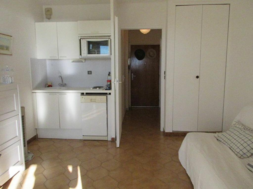 Appartement à vendre 1 19.3m2 à Sanary-sur-Mer vignette-2