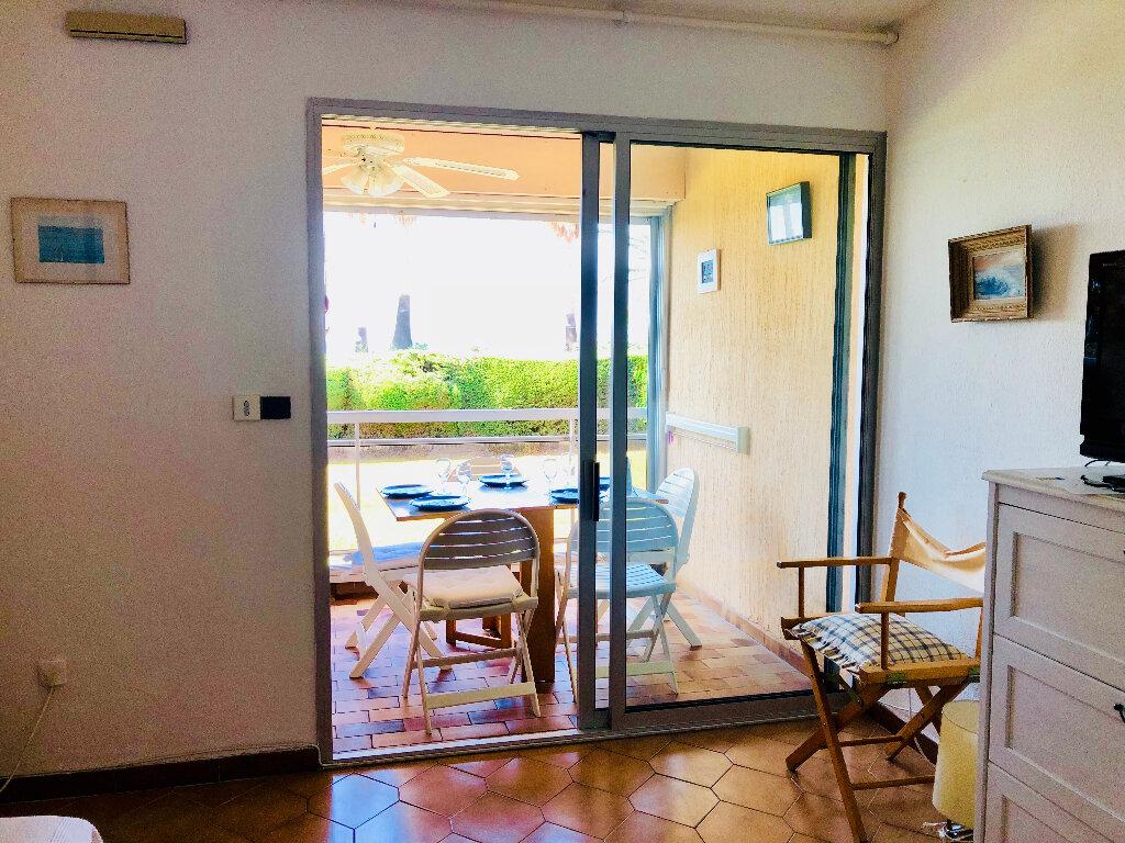 Appartement à vendre 1 19.3m2 à Sanary-sur-Mer vignette-4