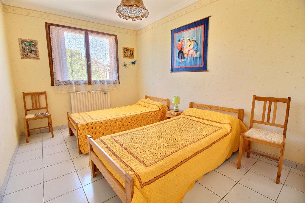 Appartement à vendre 3 83m2 à Bandol vignette-7