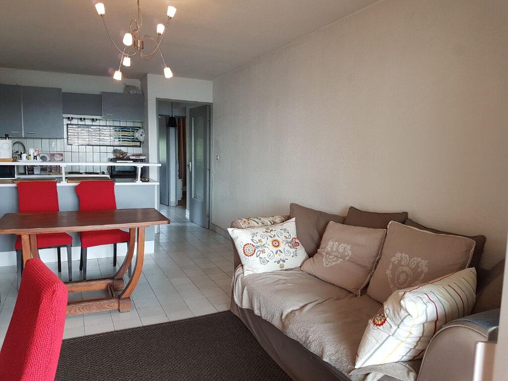 Appartement à louer 3 43m2 à Bandol vignette-7