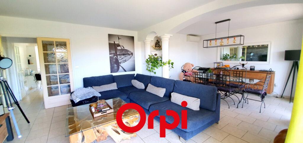 Appartement à vendre 3 66.84m2 à Bandol vignette-2