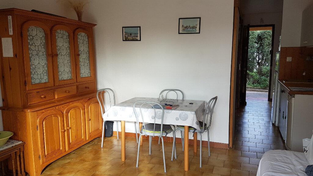 Appartement à louer 2 26.66m2 à Bandol vignette-5