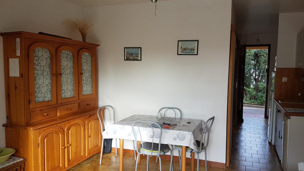Appartement à louer 2 26.66m2 à Bandol vignette-6