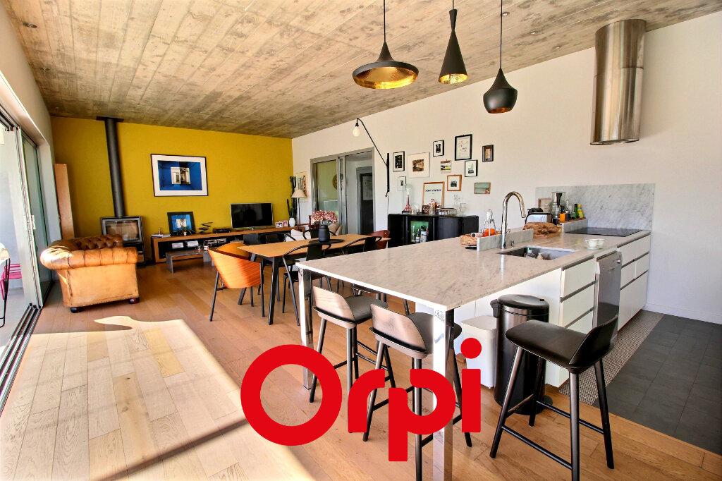 Maison à vendre 6 182m2 à Bandol vignette-4