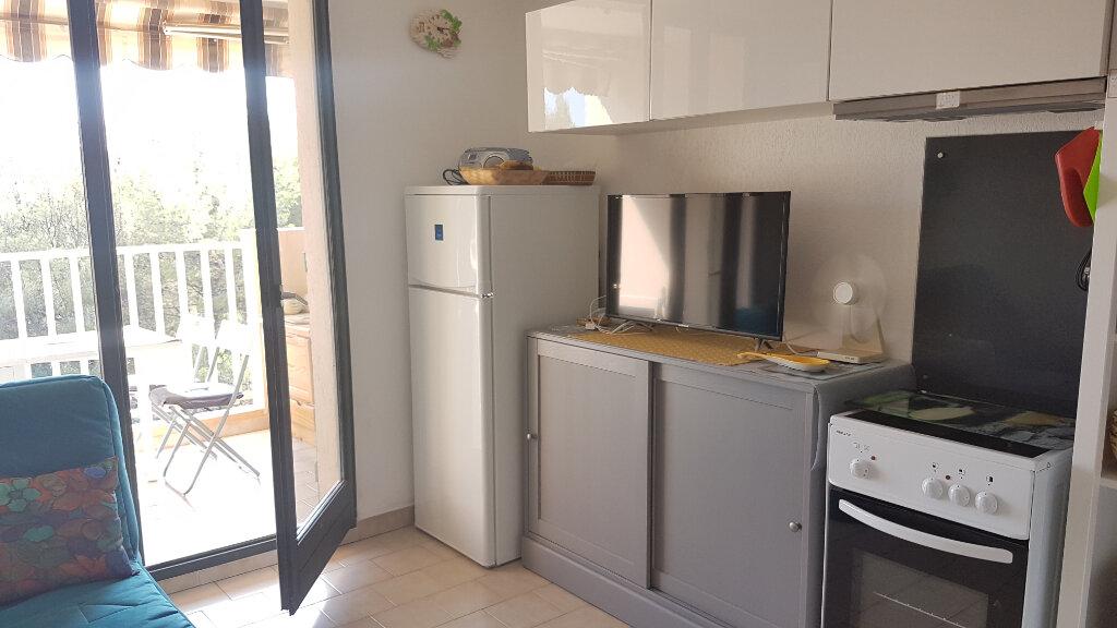 Appartement à louer 2 23.09m2 à Bandol vignette-6
