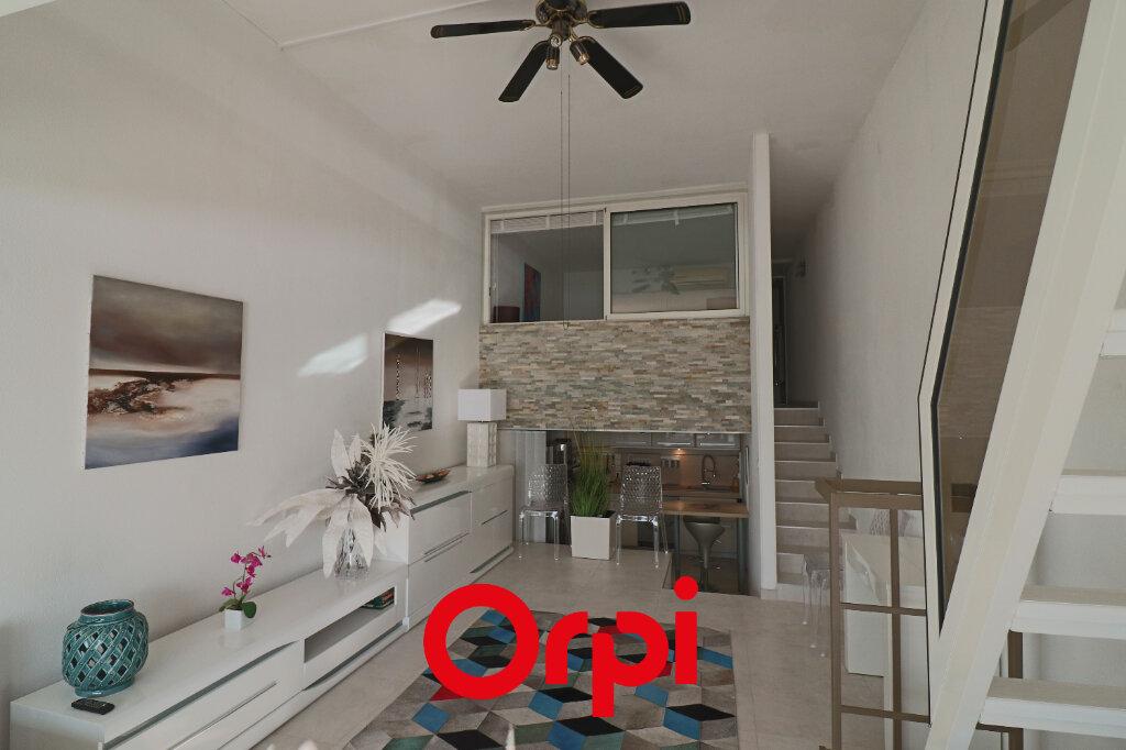 Appartement à vendre 3 57.14m2 à Bandol vignette-2