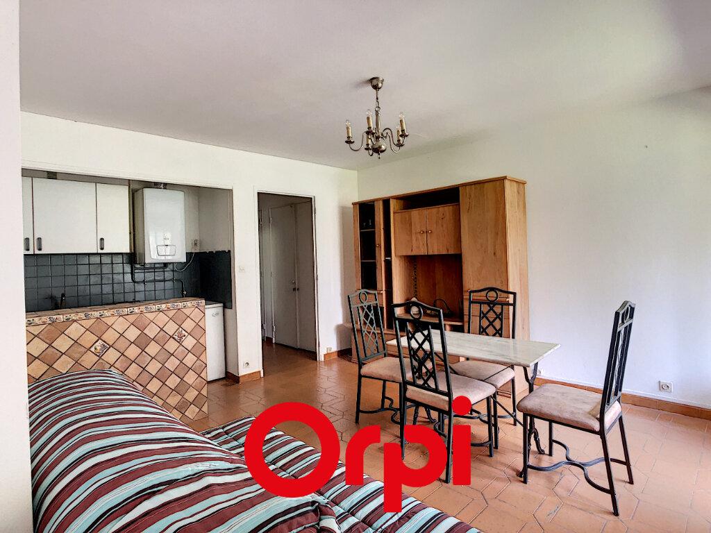 Appartement à vendre 1 2854m2 à Bandol vignette-3