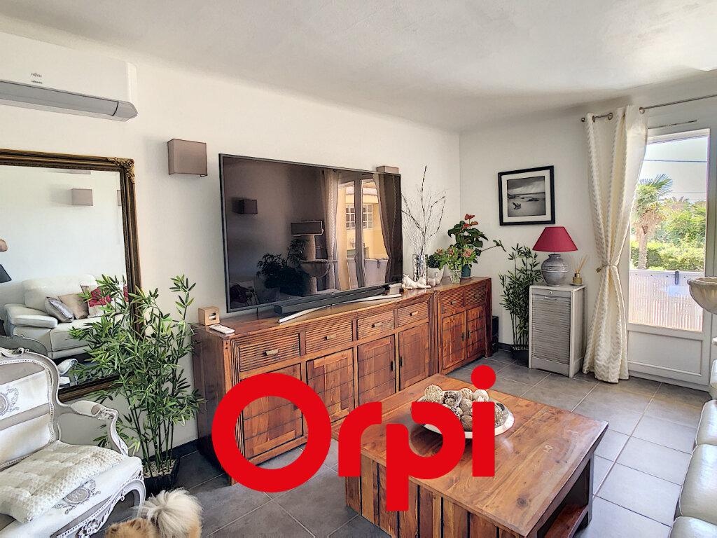 Appartement à vendre 2 50.31m2 à Bandol vignette-2