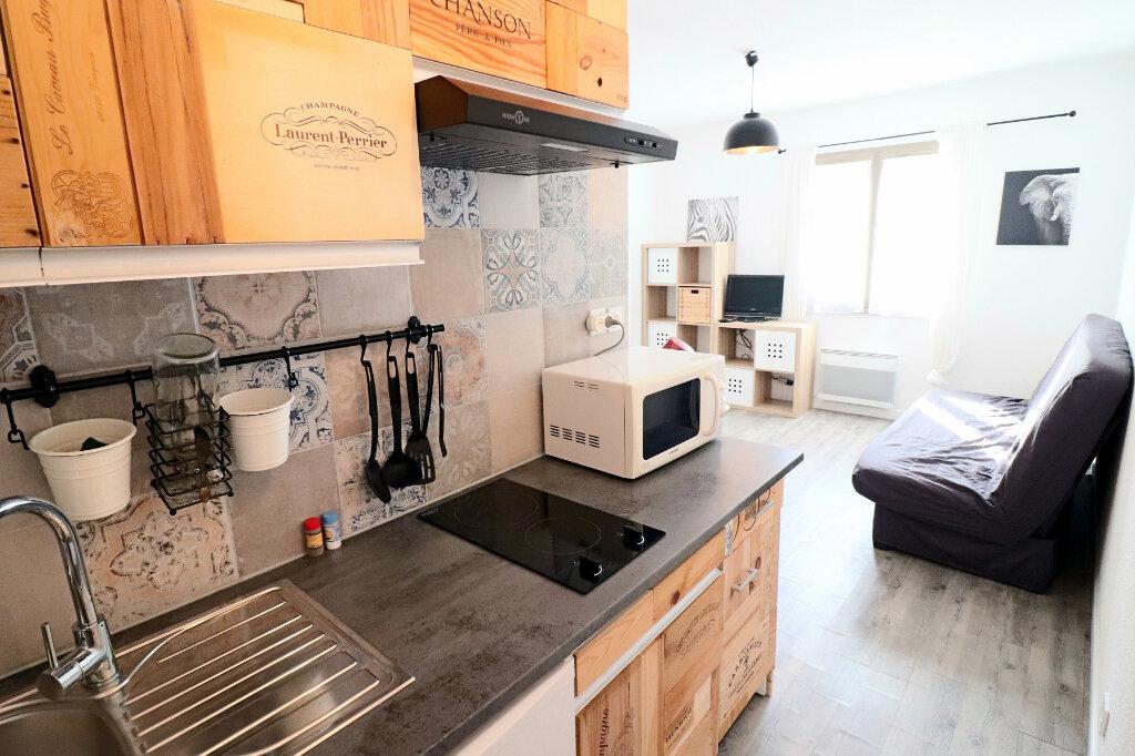 Appartement à vendre 1 18.81m2 à Bandol vignette-2