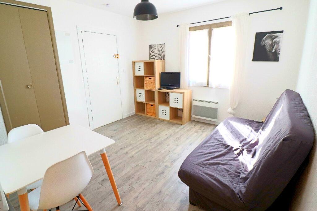 Appartement à vendre 1 18.81m2 à Bandol vignette-3
