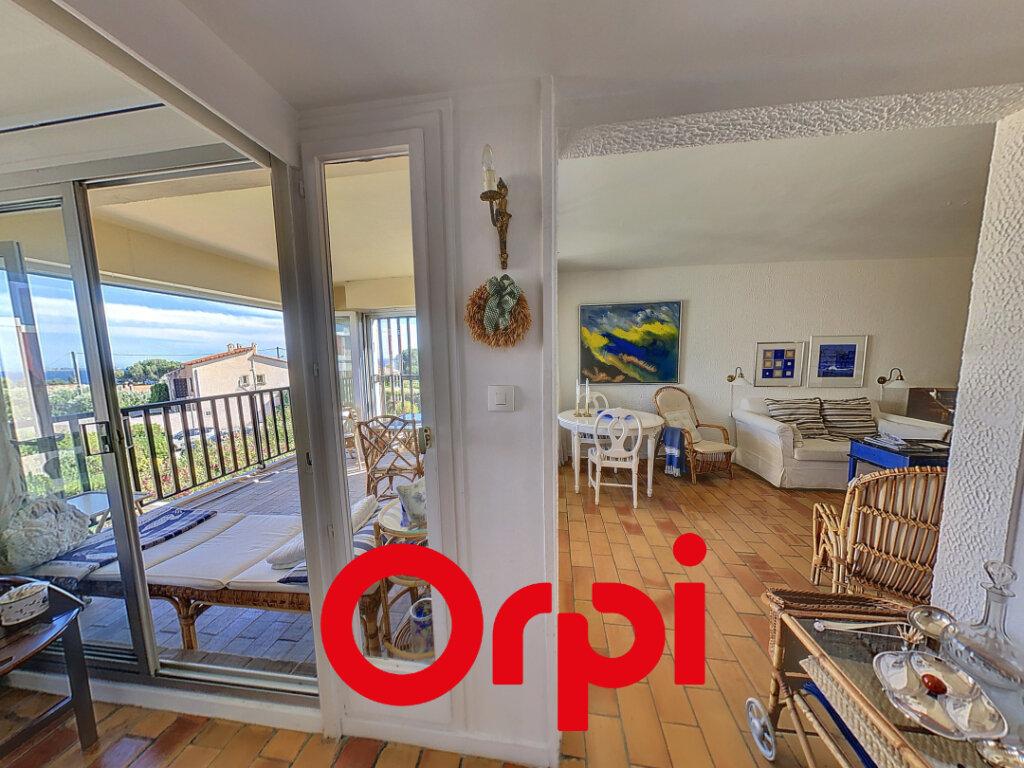 Appartement à vendre 4 64.06m2 à Bandol vignette-2