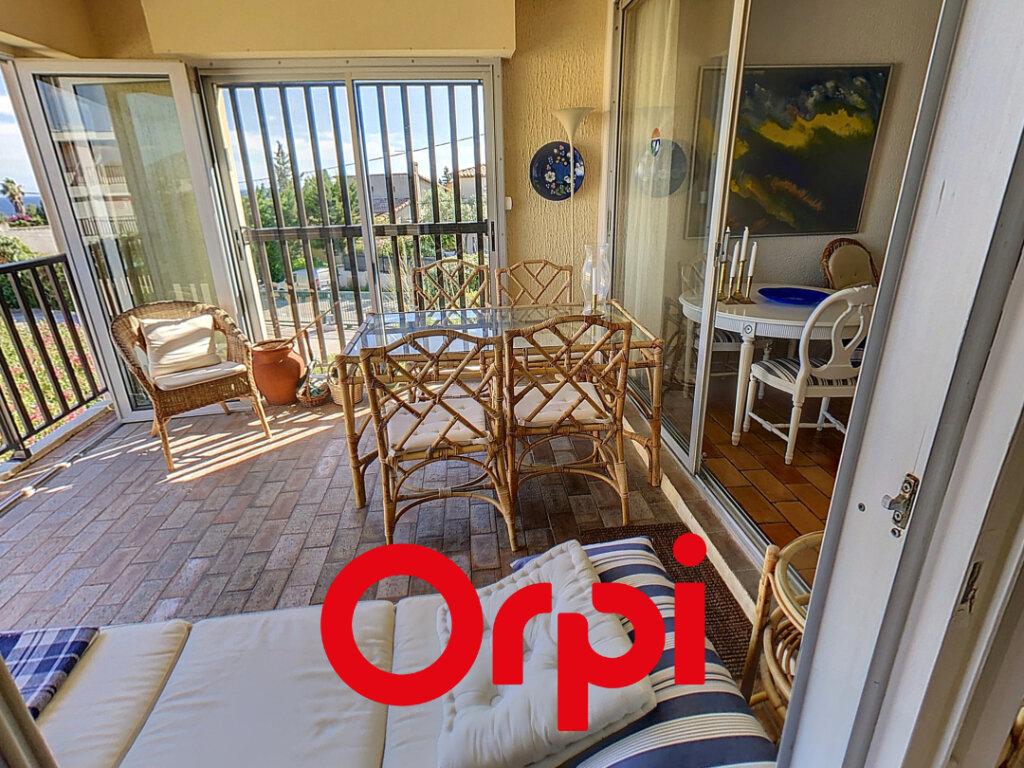 Appartement à vendre 4 64.06m2 à Bandol vignette-5