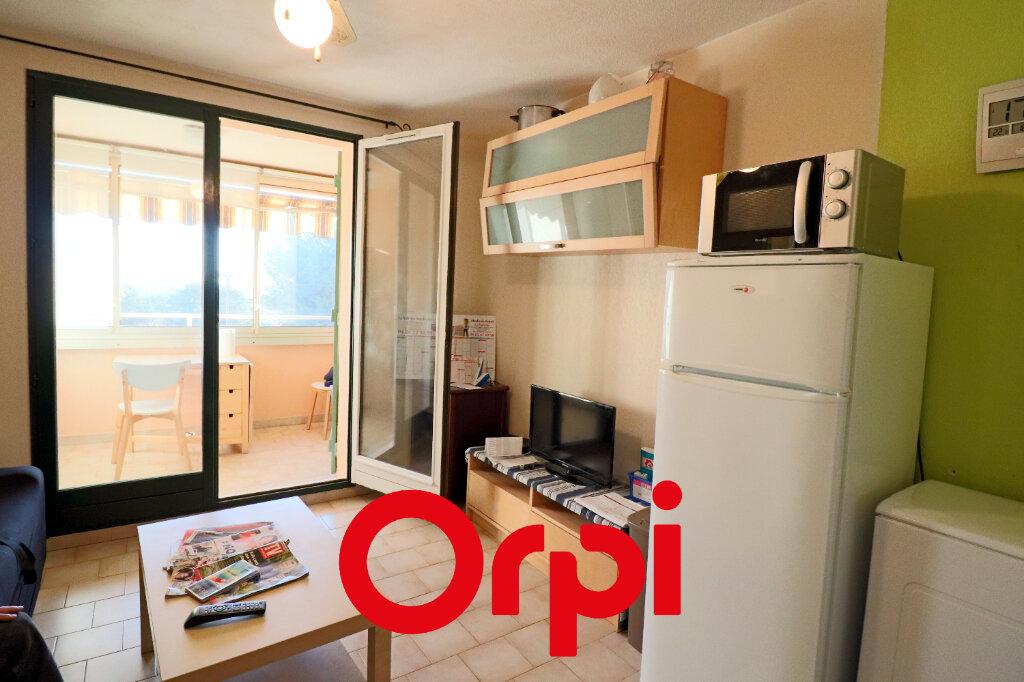 Appartement à vendre 1 23m2 à Bandol vignette-3