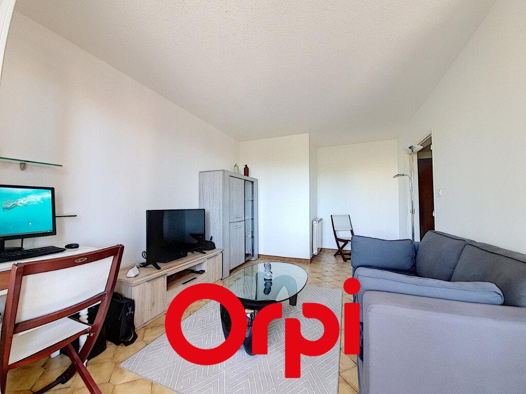 Appartement à vendre 2 41.67m2 à Bandol vignette-1