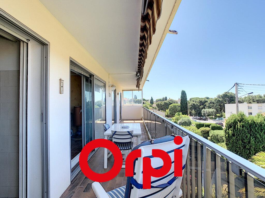 Appartement à vendre 3 59m2 à Bandol vignette-3