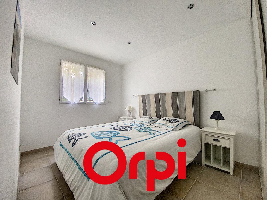 Appartement à vendre 4 78.5m2 à Bandol vignette-9
