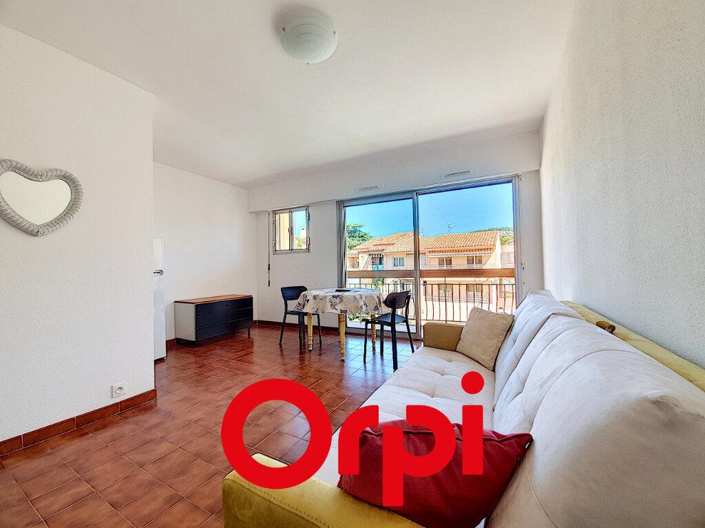Appartement à vendre 1 27.76m2 à Bandol vignette-1