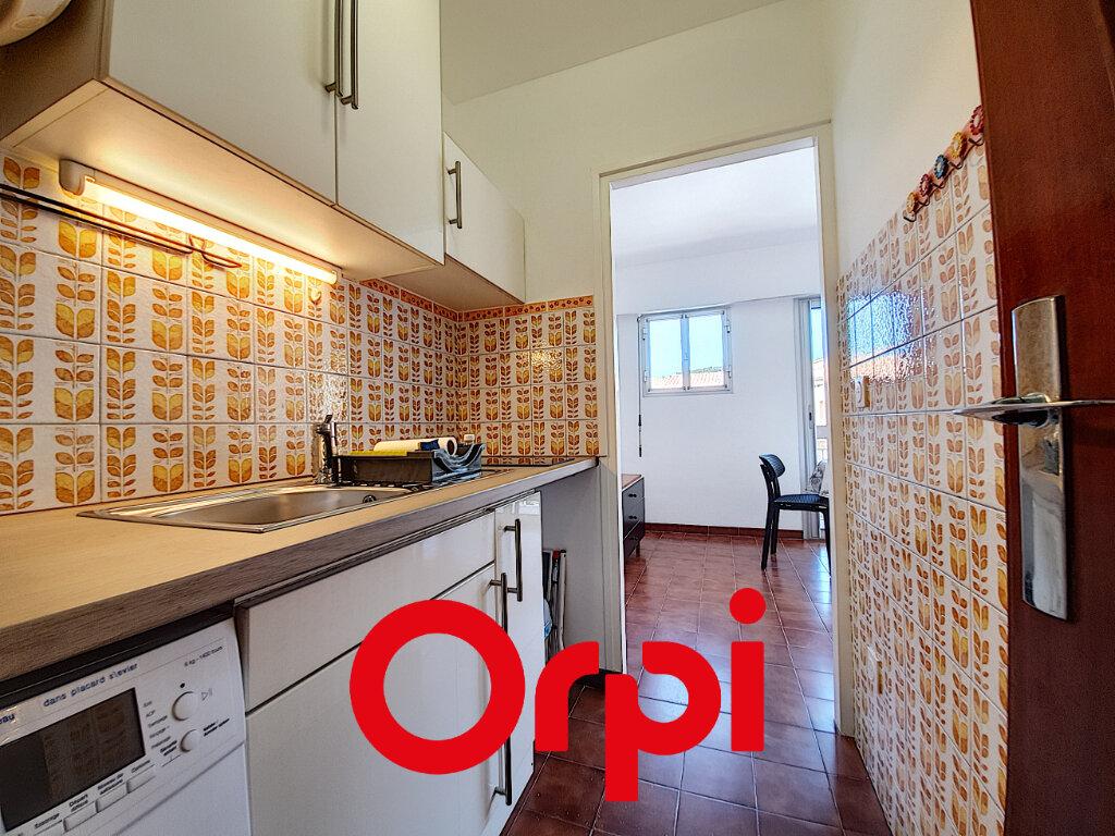 Appartement à vendre 1 27.76m2 à Bandol vignette-5