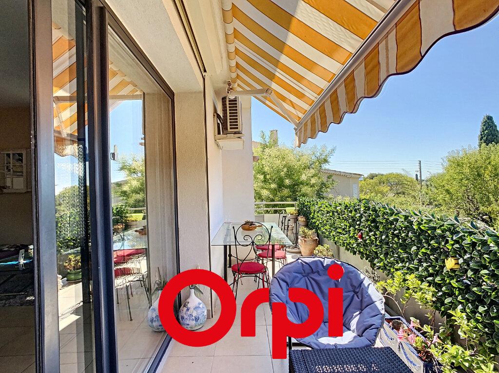 Appartement à vendre 3 65.21m2 à Bandol vignette-1