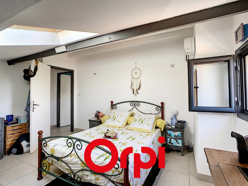Appartement à vendre 3 65.21m2 à Bandol vignette-5