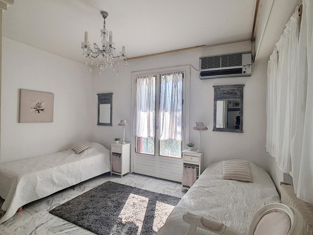 Appartement à vendre 4 94.27m2 à Bandol vignette-10