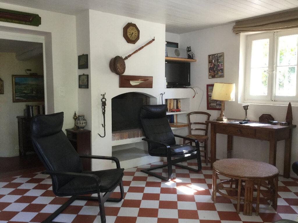 Maison à vendre 9 234m2 à Le Castellet vignette-10