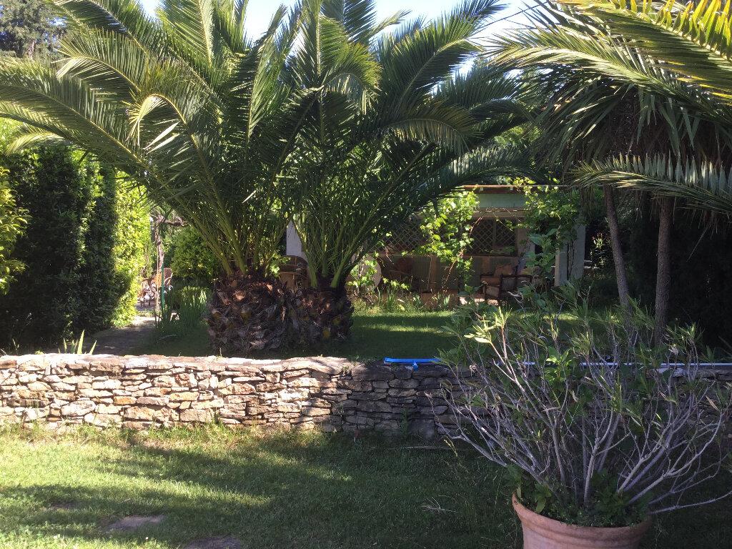 Maison à vendre 9 234m2 à Le Castellet vignette-14