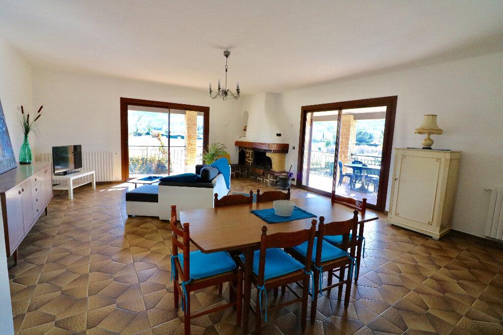 Maison à vendre 5 130m2 à Le Beausset vignette-1