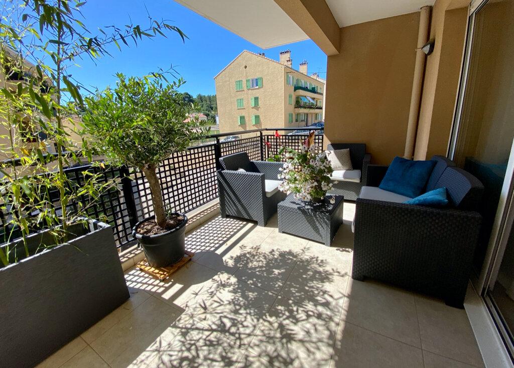 Appartement à vendre 3 64m2 à La Seyne-sur-Mer vignette-8