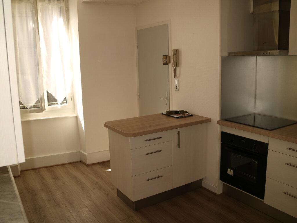 Appartement à louer 4 70m2 à Mende vignette-2