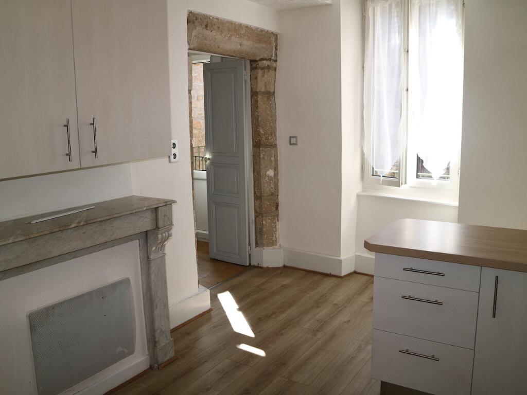 Appartement à louer 4 70m2 à Mende vignette-3