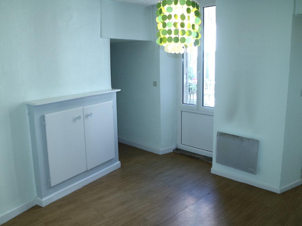 Appartement à louer 4 70m2 à Mende vignette-8