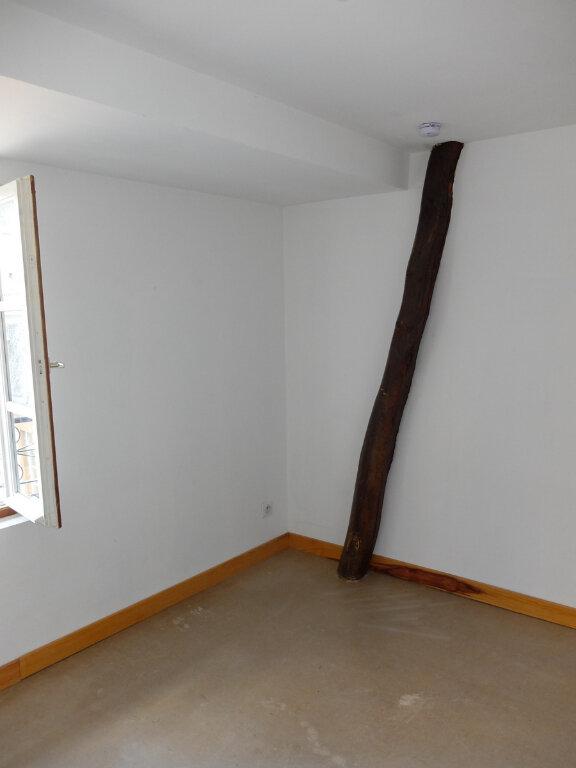 Appartement à louer 1 15m2 à Mende vignette-5