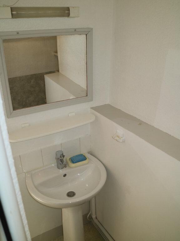 Appartement à louer 1 32m2 à Mende vignette-5