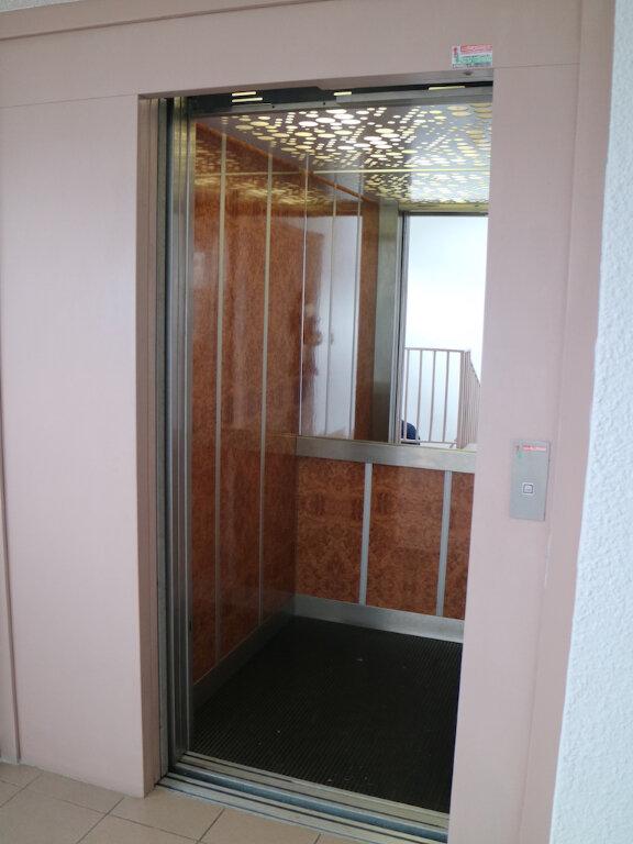 Appartement à louer 3 69m2 à Mende vignette-11