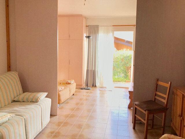 Appartement à louer 2 36m2 à La Seyne-sur-Mer vignette-2