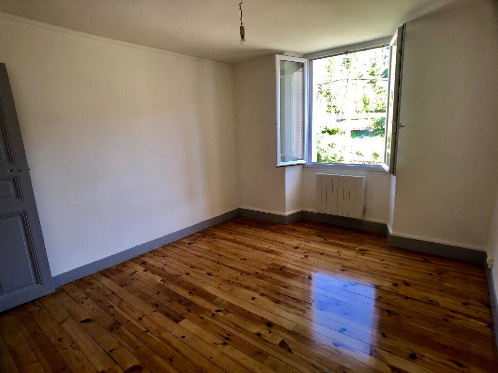 Appartement à louer 3 70m2 à Mende vignette-9