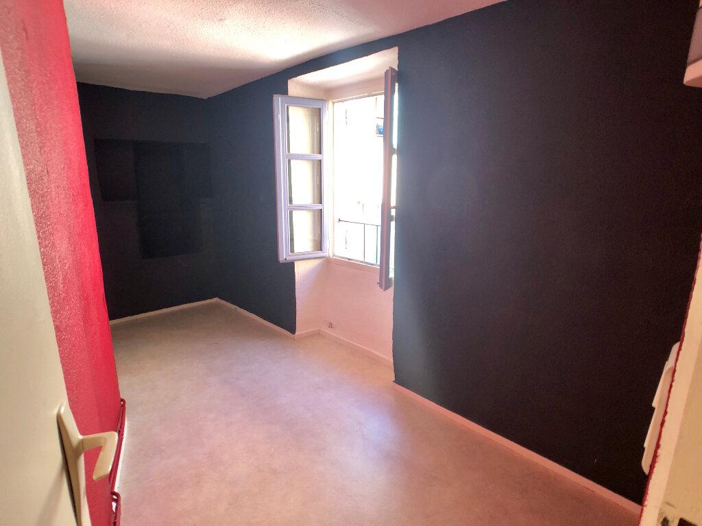 Appartement à louer 3 73m2 à Mende vignette-6