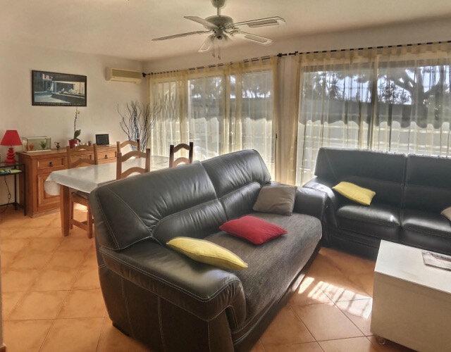 Appartement à vendre 2 52m2 à La Seyne-sur-Mer vignette-2