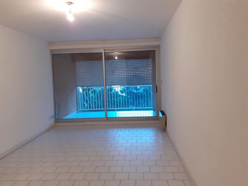 Appartement à louer 2 48m2 à La Seyne-sur-Mer vignette-4