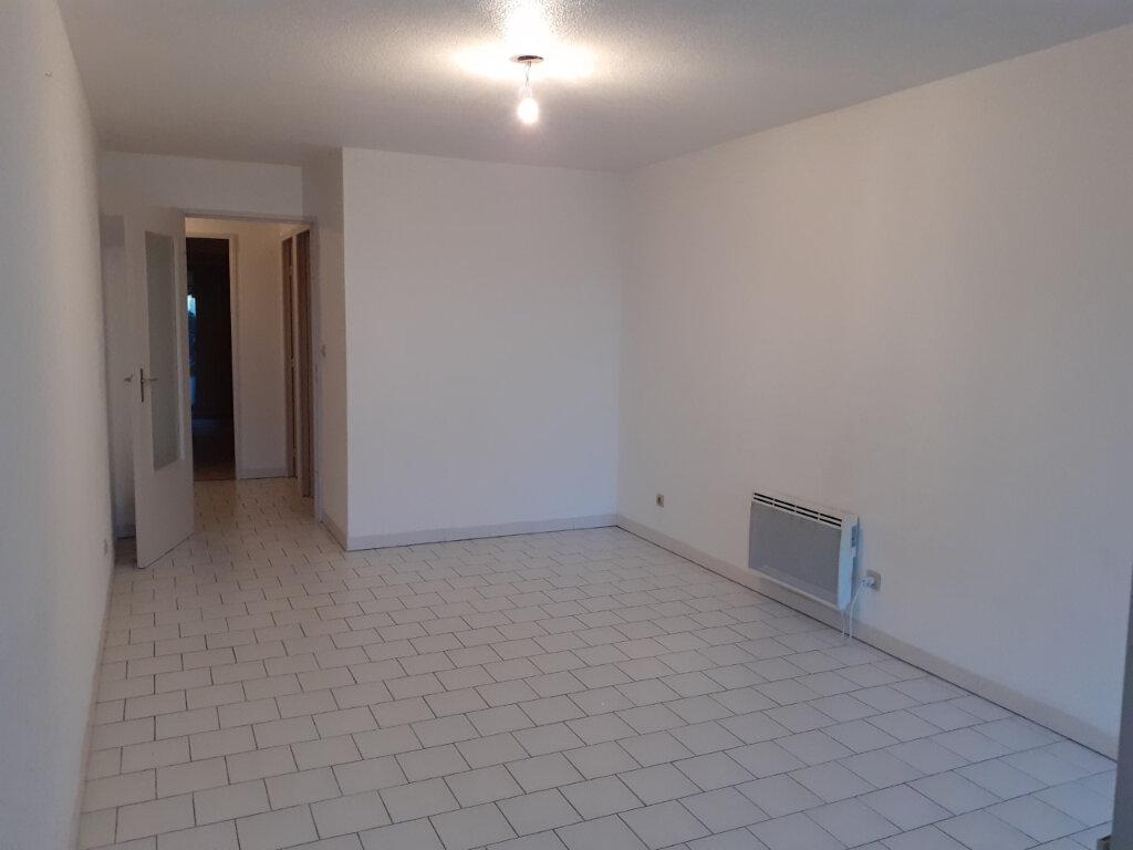 Appartement à louer 2 48m2 à La Seyne-sur-Mer vignette-6