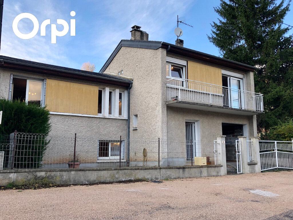 Maison à louer 5 105m2 à Badaroux vignette-1