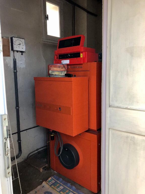 Maison à louer 5 105m2 à Badaroux vignette-16