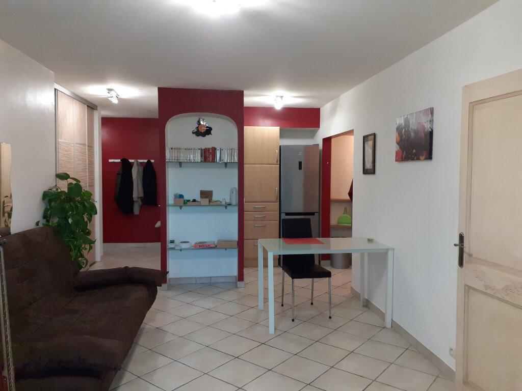 Appartement à louer 2 40m2 à Toulon vignette-1
